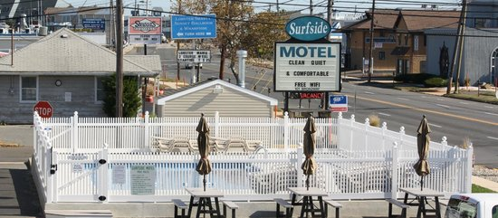 Surfside Motel: Sign