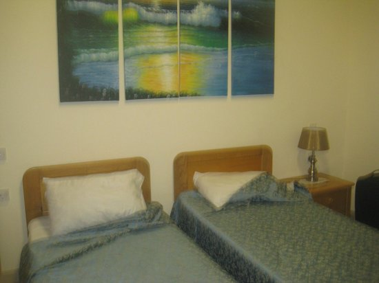 Electra Guest house: Bedroom