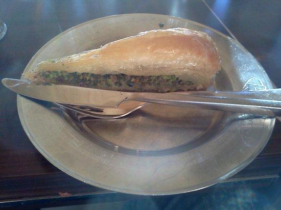 Kusleme Et Lokantasi : After Meal.... !!!! Of course Baklava