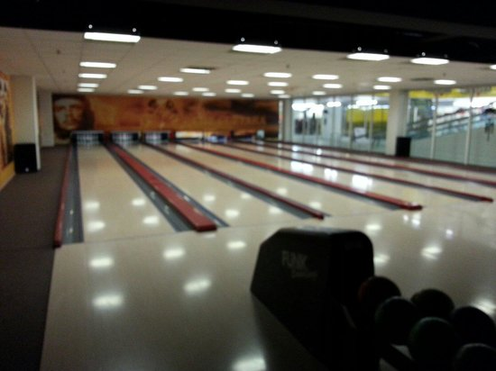 bobs bowling