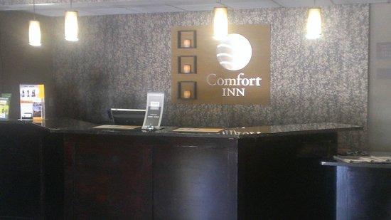 Comfort Inn Lebanon Valley/Ft. Indiantown Gap : Lobby