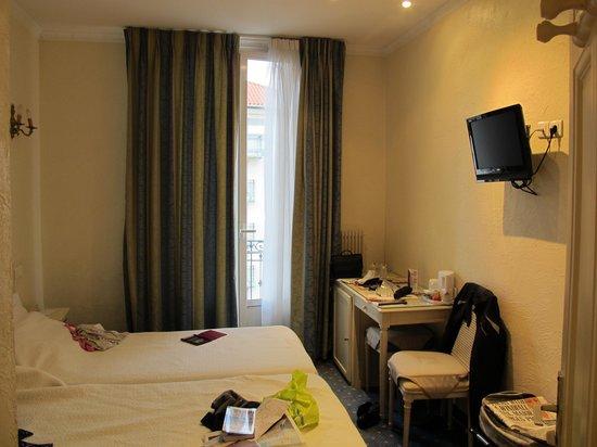 Hotel Vendome : bedroom