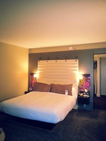 W Atlanta Midtown: comfy bed