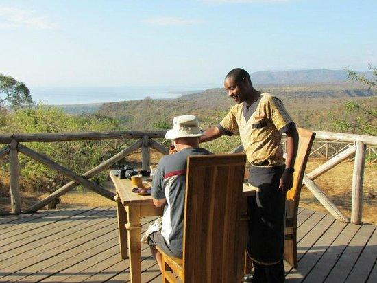 Escarpment Luxury Lodge: Sercice avec vue sur le lac