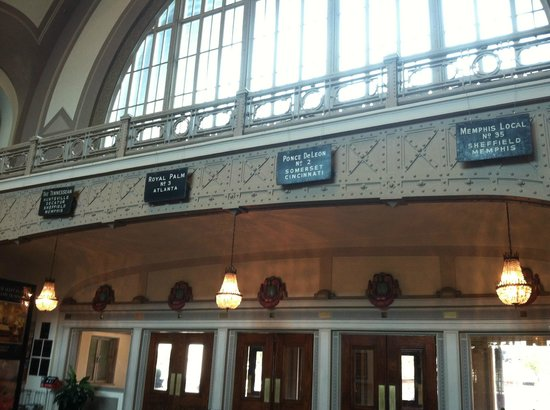 Chattanooga Choo Choo: Former Station Lobby, which is now the hotel lobby