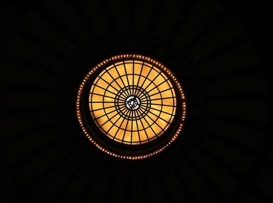 Chattanooga Choo Choo: Beautiful dome in main lobby