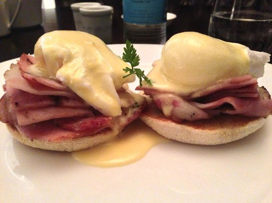 The Arch London: Eggs Benedict