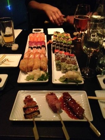Sticks 'n' Sushi - Valby: Sushi and some sticks