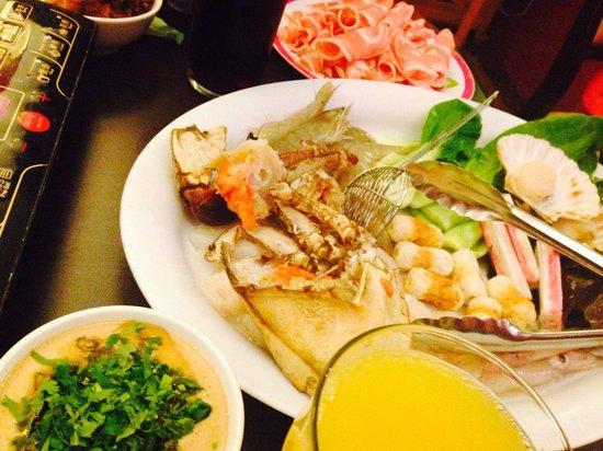 Xiangbala Hot Pot: Our meal tonight