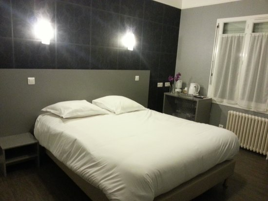舍內多爾住宿飯店
