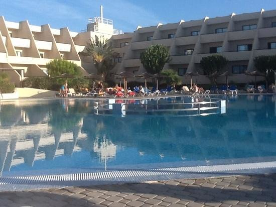 Hotel Coronas Playa: the quiet pool