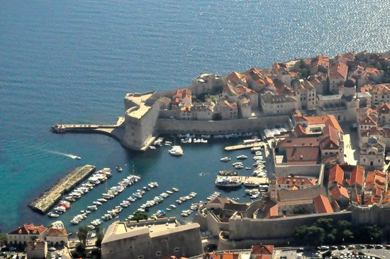 Sun Gardens Dubrovnik: Old Town