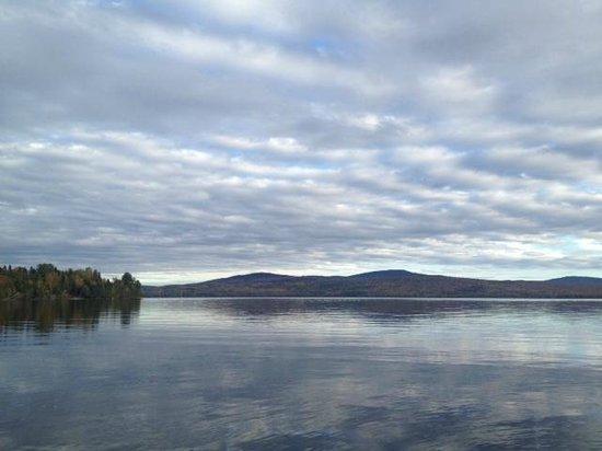 写真Hunter Cove Cabins on Rangeley Lake枚
