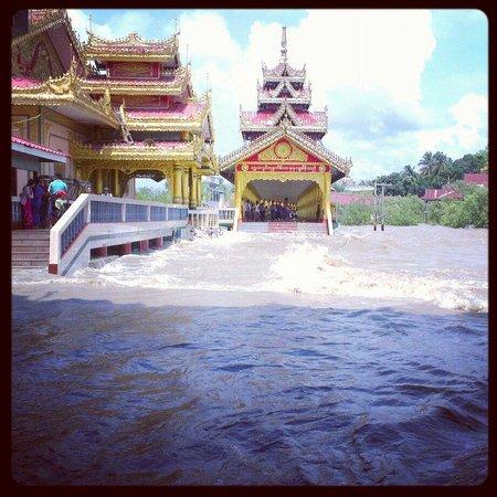 Mawlamyine, Birmania: Kyaik-Kha-Me pagoda, Mon State, Myanmar