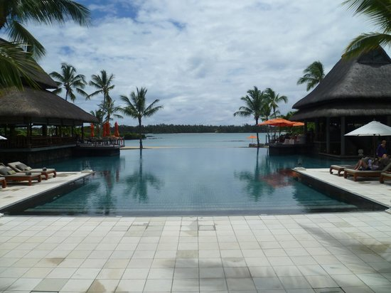 Constance Le Prince Maurice: Infinity pool
