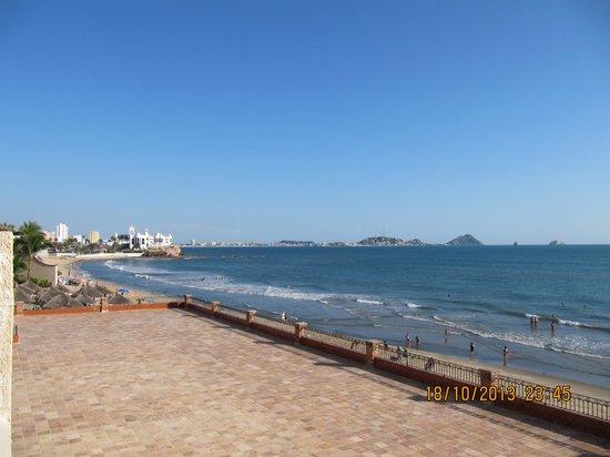 Hotel Playa Mazatlan: Not a bad view