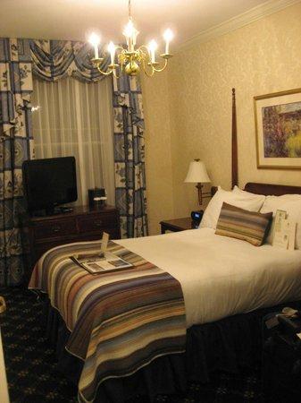 Hawthorne Hotel : My room