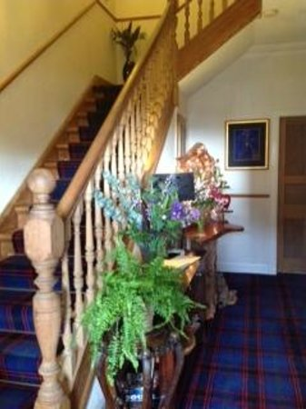 Shiloh Bed & Breakfast: Entrance Hall