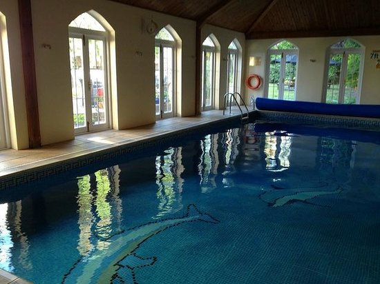 Angmering Manor: The indoor pool