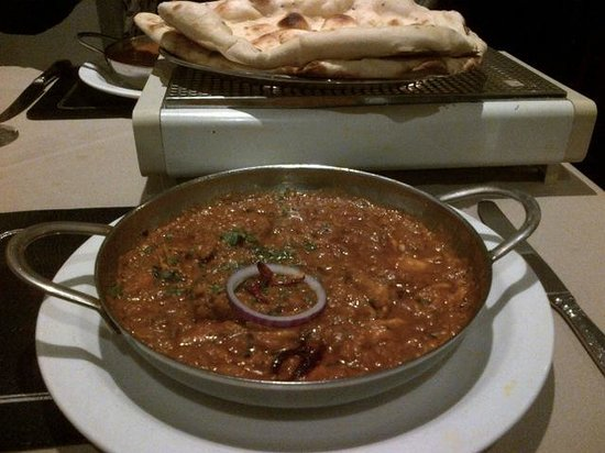 Shirley Spice: Excellent tandoori chicken Balti