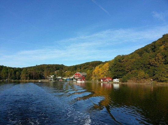 Farsund, Norvège : Nordstranda camping fra sjøen