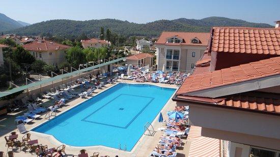 Aes Club Hotel: Pool