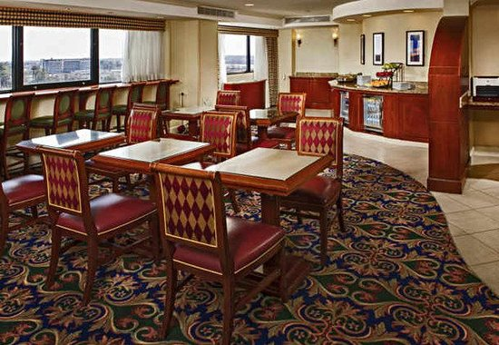 BWI Airport Marriott: Concierge Lounge