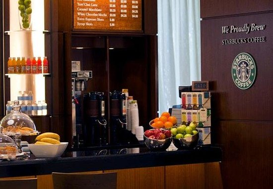 BWI Airport Marriott: Breakfast Bar