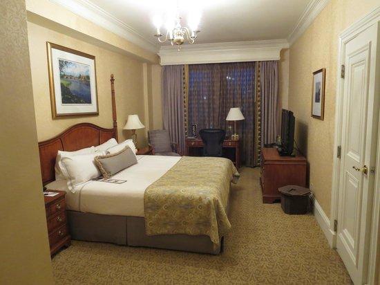 Lenox Hotel: Superior King Room