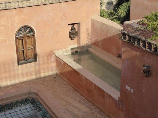 Riad Tayba: La piscine petite mais agréable