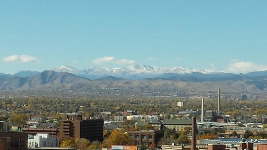 Sheraton Denver Downtown Hotel: View from my window on the 7th foor. Not bad.