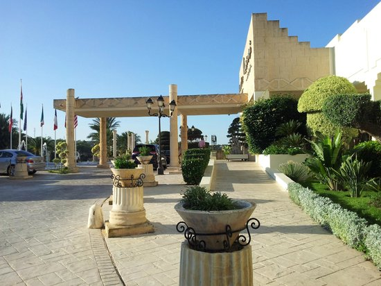 Golden Tulip Carthage Tunis : Ingresso Hotel