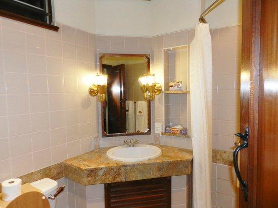 Paraa Safari Lodge: Baño
