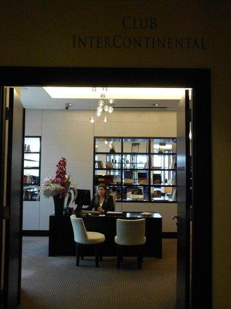 Four Seasons Hotel Gresham Palace : Chambre : Suite Couronne