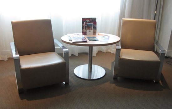 Mercure Perth: Comfy chairs