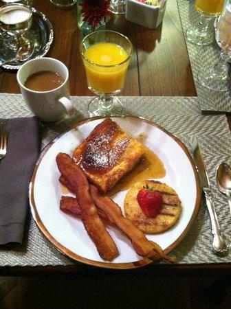The Buck House Inn on Bald Mountain Creek: Delicious Breakfast!