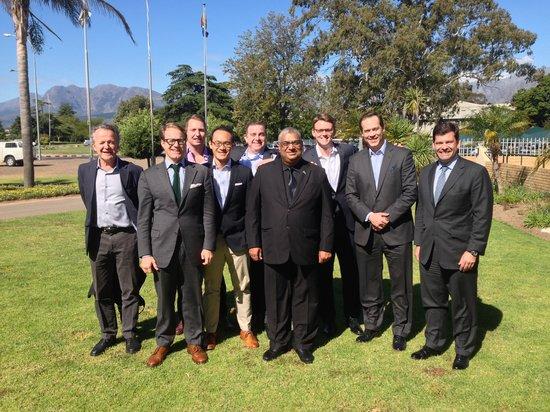 Lansdowne, Sudáfrica: Investor group with Billy