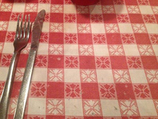 Broadway Bar & Restaurant: No spinach salad!