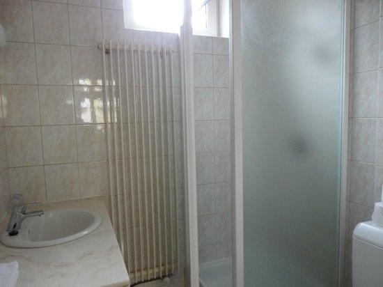 La Vieille Lanterne: Banheiro