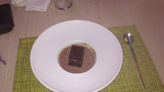 Bubbles Gastrobar and Restaurant: Tarta Sacher