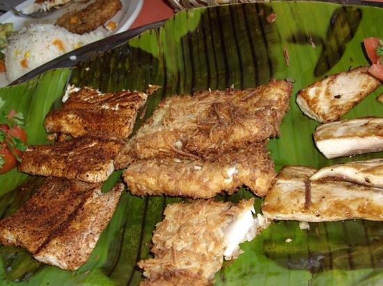 Mango Deck Restaurant & Beach Club: Mahi-mahi, three ways