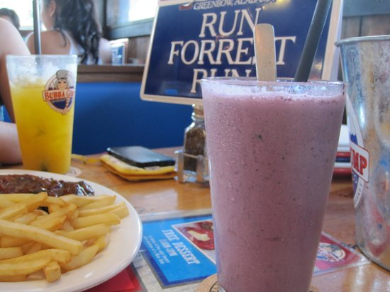 Bubba Gump Shrimp: blueberry and mangoes