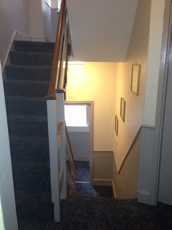 The Windermere Hotel: Stairwell from room 21