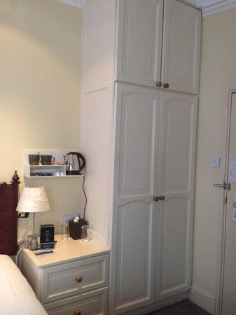 The Windermere Hotel: Room 21 - very spacious closet with safe.