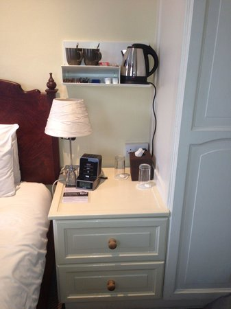 The Windermere Hotel: Room 21 - coffee, tea, and hot chocolate refreshed daily.