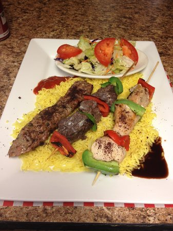 Middle East Restaurant : Mixed Grill
