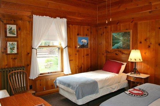 Izaak Walton Inn : Double and full bed room.