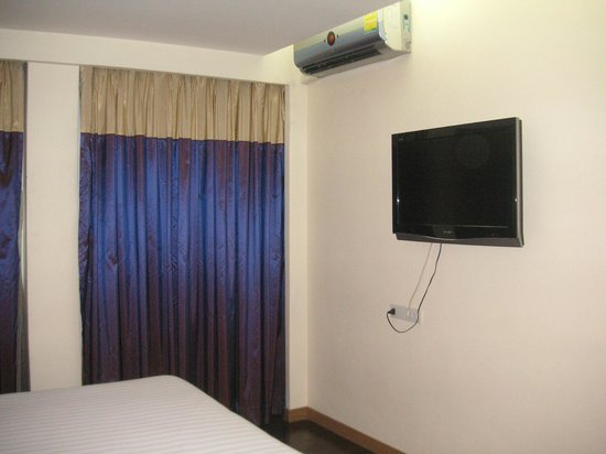 P2 Boutique Hotel: Room with Good AirCon