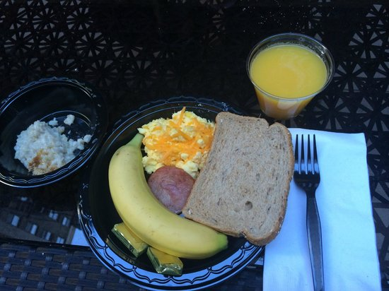 SpringHill Suites New York Midtown Manhattan/Fifth Avenue: Continental Breakfast offered scrambled eggs, toast/muffins/bagels, oatmeal, cereal, fruit