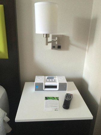SpringHill Suites New York Midtown Manhattan/Fifth Avenue: Nighstand has additional drawer and Clock with iPod/iPhone dock (30-pin only)